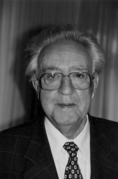2005 Georg Stefan Troller (Paris) - dor_2002.458x0-is-pid1117